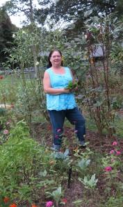 maylee in garden - IMG_0222_1