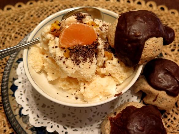 SATSUMA ice cream and meringues = IMG_1196_1