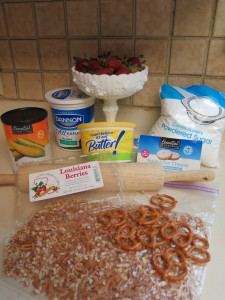 Strawberry Pretzel Delight ingredients - IMG_4213_1