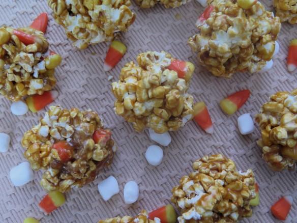 Old-Fashion Popcorn Balls - IMG_8000_1