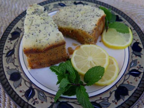 Lemon Poppy Seet Pound Cake - slice - IMG_0926_1