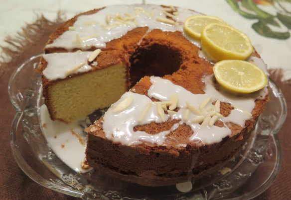 Old Fashioned Lemon Almond Pound Cake - 2 - IMG_0854_1