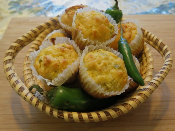 Jalapeno Cornbread Muffins in Basket - 3 - IMG_1546_1R_1