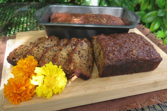 Banana Nut Bread - 3 - IMG_6321_1-2014