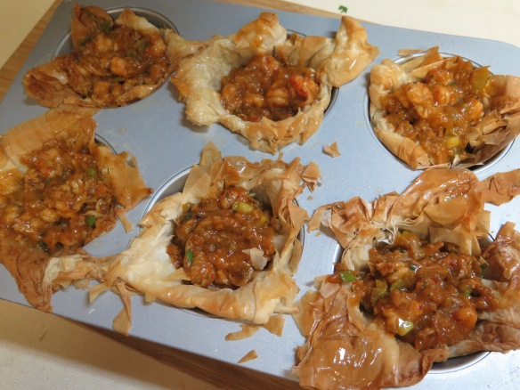 crawfish tarts ready for baking - IMG_3143