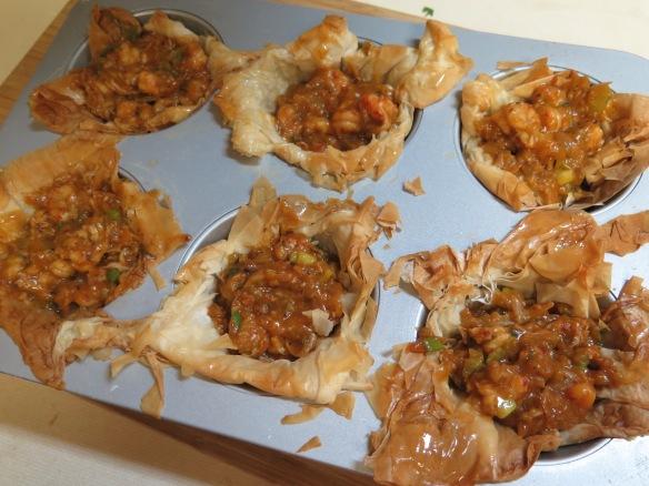 crawfish tarts ready for baking - IMG_3143