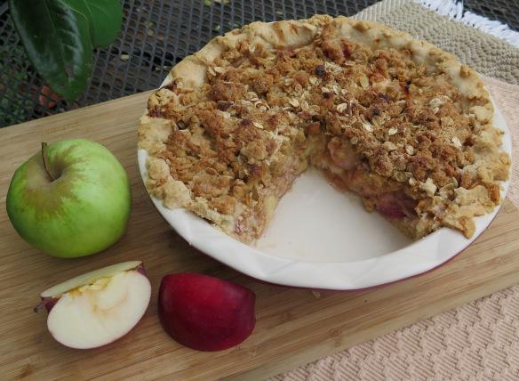 Classic Deep Dish Apple Pie - IMG_5627