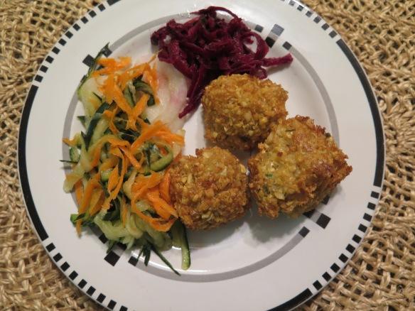Falafel and Pickled Vegetables - 2 - IMG_8945