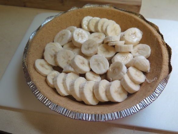 Sliced Bananas in Pie Shell - IMG_8877