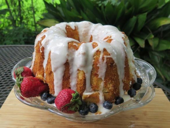 Dreamer's 7-Up Pound Cake - IMG_9835