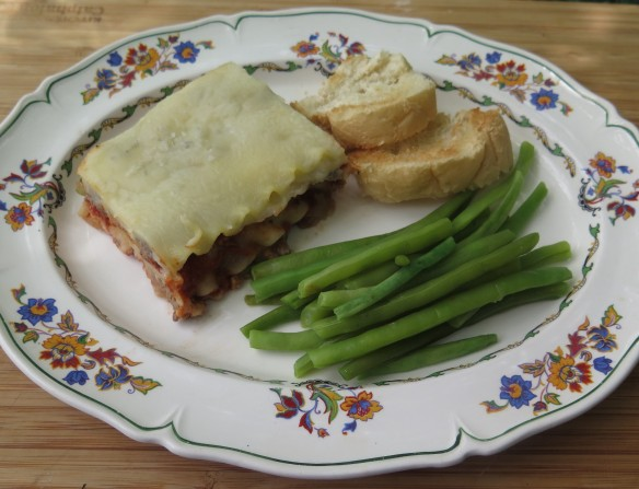 Easy Homemade Lasagna - 3 - IMG_9688_1