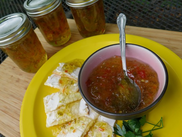 Banana Pepper Jelly and Crackers - IMG_0310_1