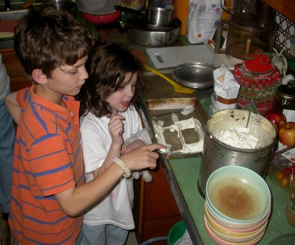 Grandchildren Sampling Homemade Ice Cream at Grandma's House in Virginia - DSCN8783