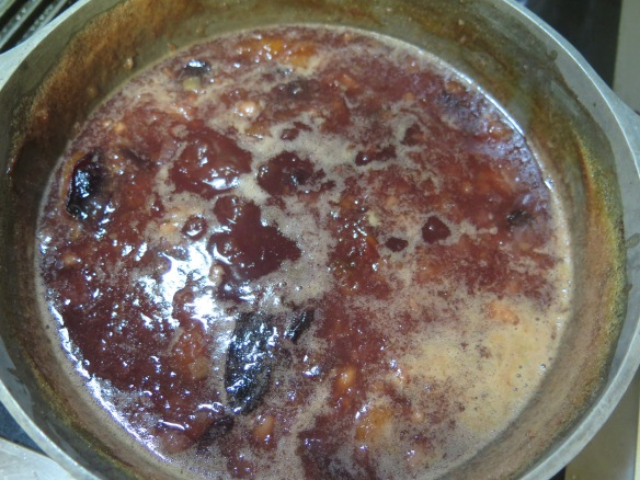 chutney-cooked-down-on-stove-img_6815