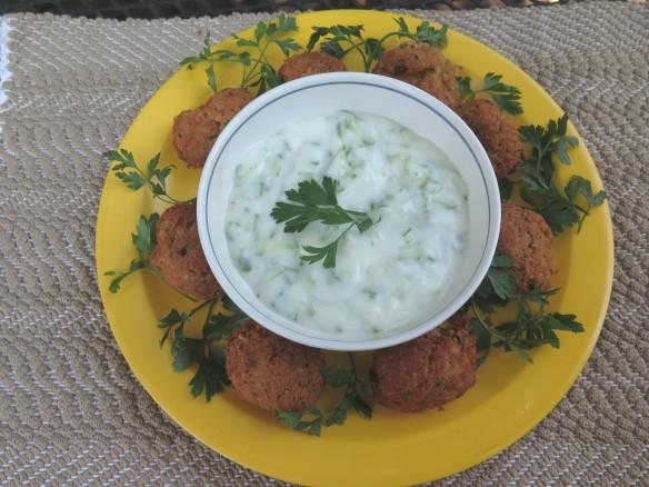 falafel-with-yogurt-dip-img_1241_1
