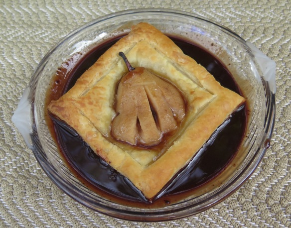 pear-in-puff-pastry-with-chocolate-praline-liqueur-sauce-8-img_2348
